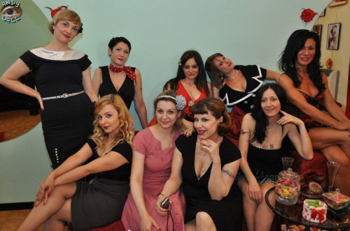 pin up, burlesque, scuola di burlesque
